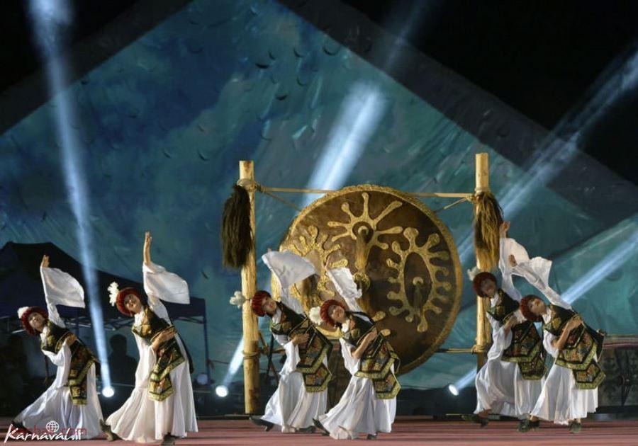 مسابقات زنان چامسابقات زنان چادر نشین در قرقیزستان در نشین در قرقیزستان